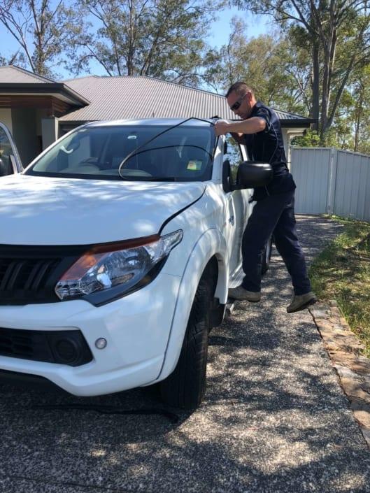 Windscreen Repair Replacement Autoglass Brisbane, Gold Coast - Ute Windscreen Repairs
