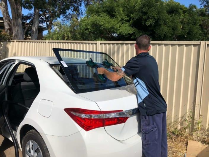 Windscreen Repair Replacement Autoglass Completing Job Brisbane - Windscreen Replacement