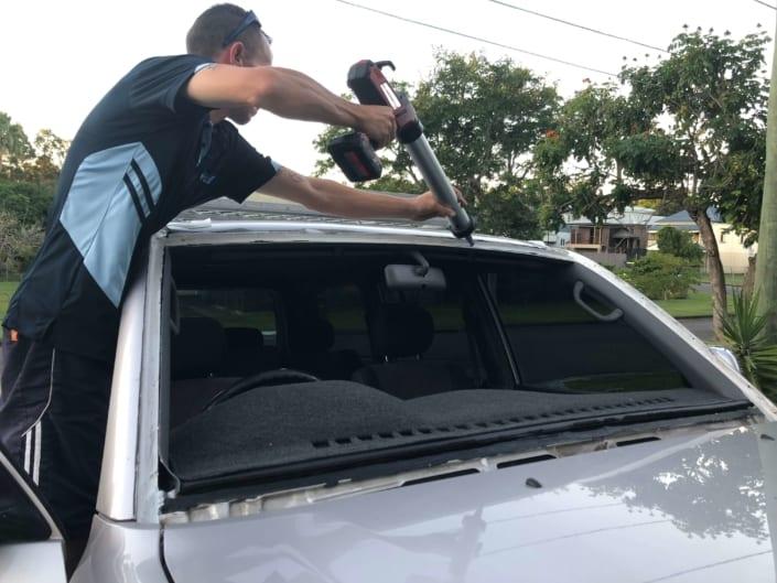Windscreen Repair Replacement Autoglass Logan City, South Brisbane