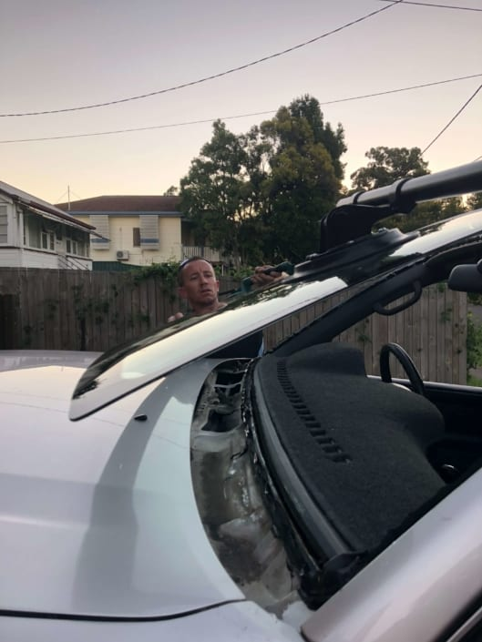 Windscreen Repair Replacement Autoglass Removal Tools Brisbane, Southside
