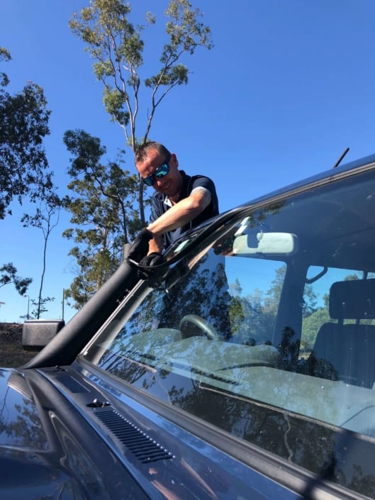 Windscreen Repair Replacement Autoglass Ute Brisbane - Quality Windscreen Repairs